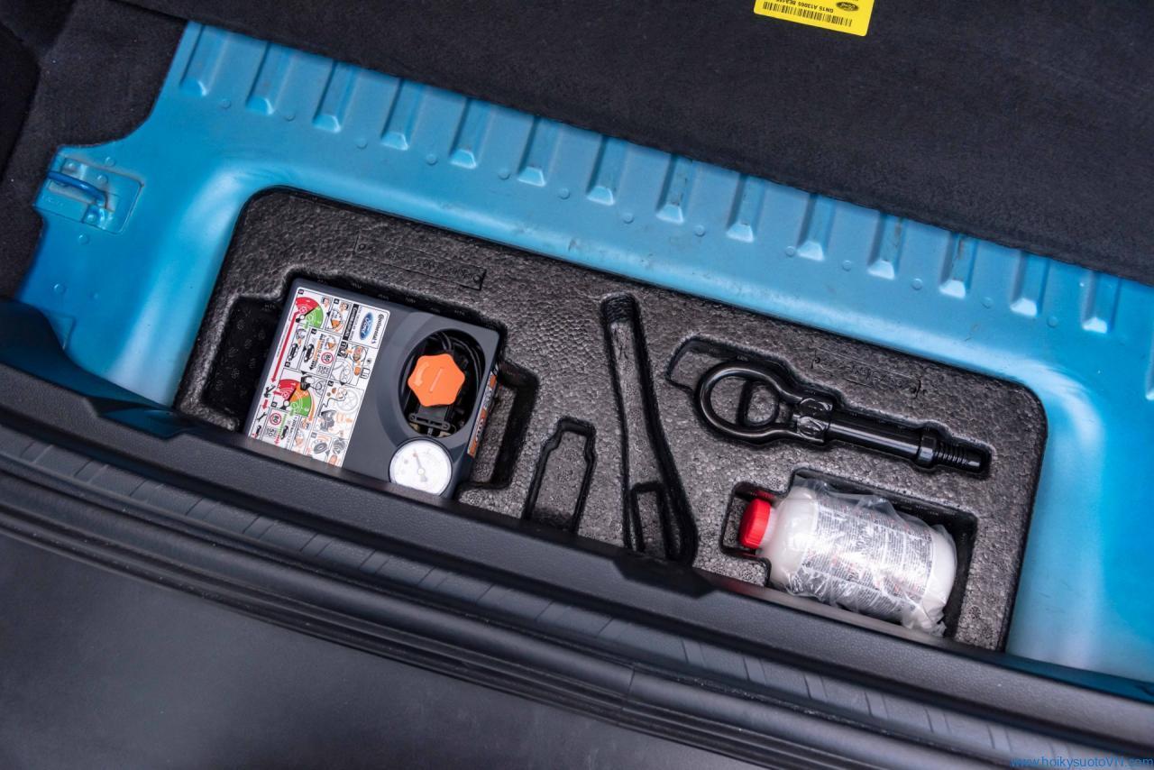Lý do nào khiến hãng xe Mỹ mạnh dạn cắt bỏ lốp dự phòng xe EcoSport mới
